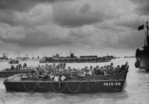 Black and White WWII Photos (32 photos) 18