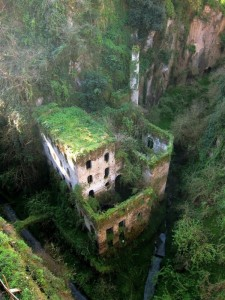 The 33 Most Beautiful Abandoned Places In The World (33 photos) 23