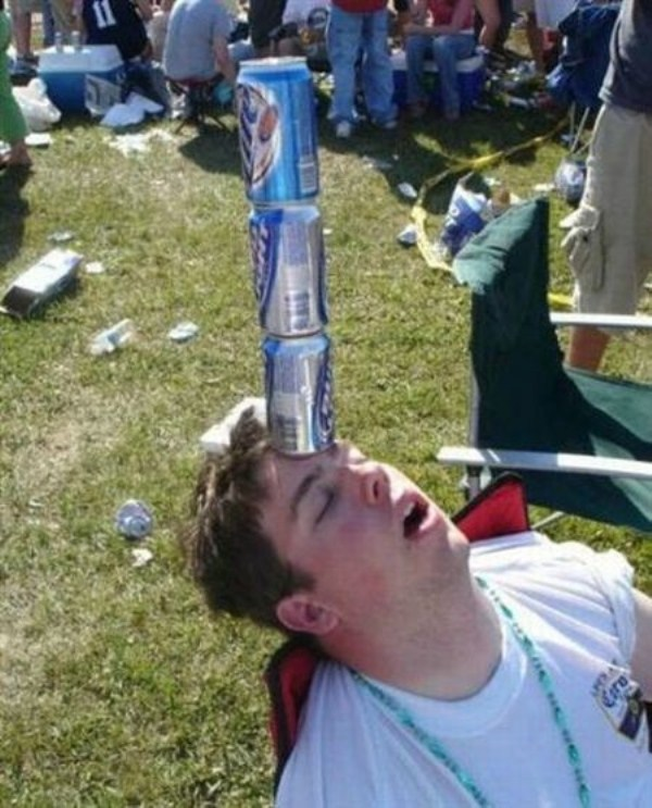 Very Drunk People (38 photos) | KLYKER.COM
