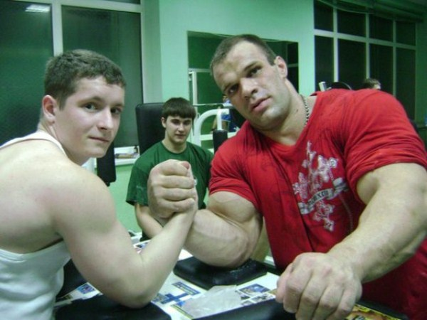 3115 The Biggest Bicep of Russia (48 photos)