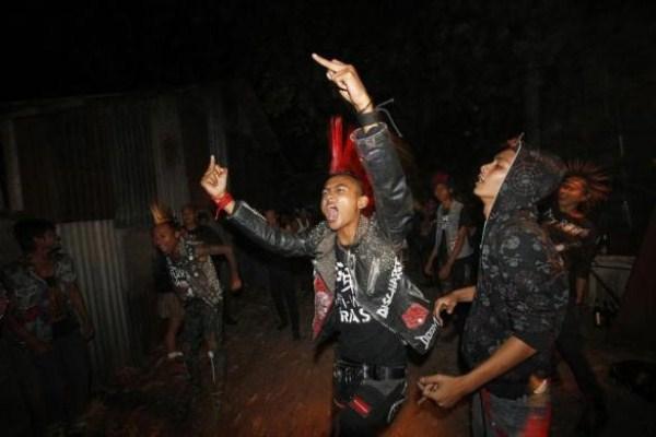 330 Μιανμάρ Punks (10 φωτογραφίες)