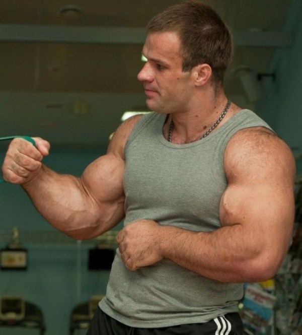 346 The Biggest Bicep of Russia (48 photos)