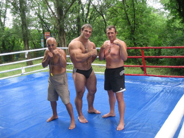 356 The Biggest Bicep of Russia (48 photos)