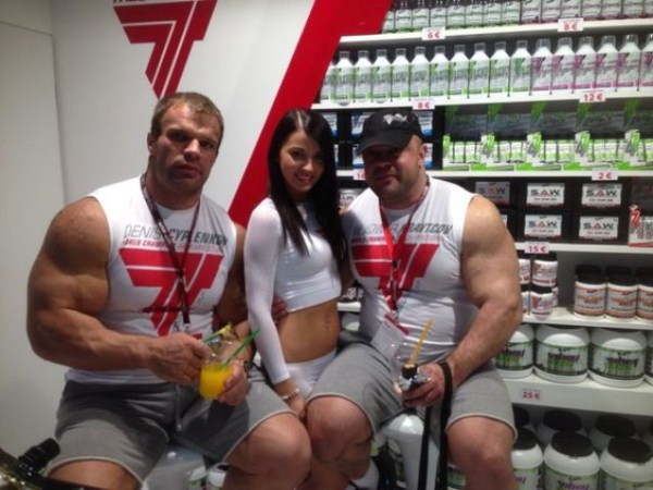 385 The Biggest Bicep of Russia (48 photos)