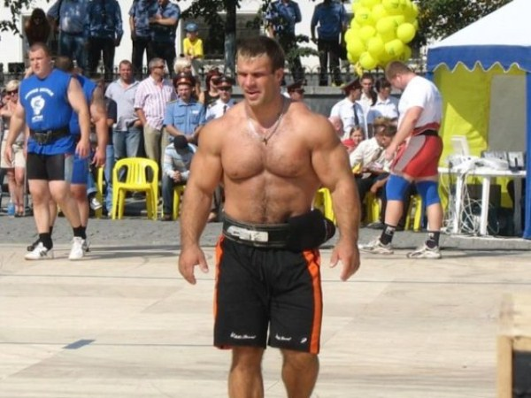401 The Biggest Bicep of Russia (48 photos)