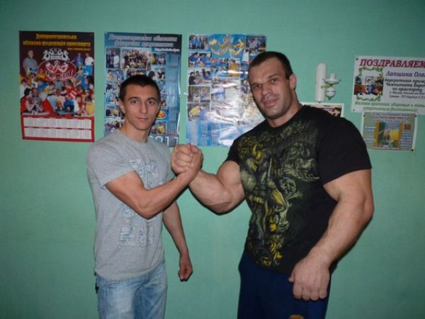 441 The Biggest Bicep of Russia (48 photos)