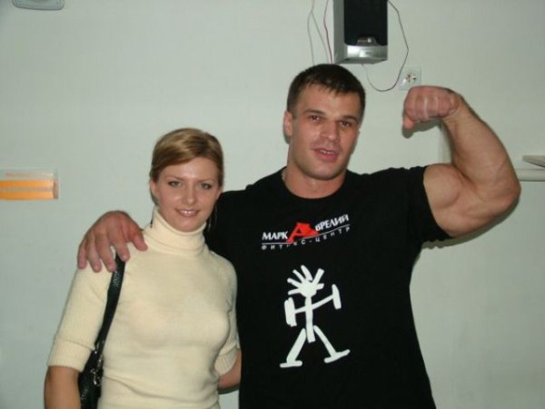 451 The Biggest Bicep of Russia (48 photos)