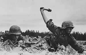 Black and White WWII Photos (32 photos) 4