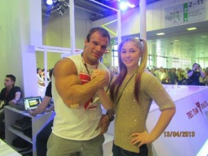 The Biggest Bicep of Russia (48 photos) 48