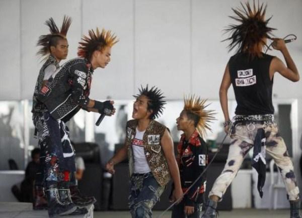 519 Μιανμάρ Punks (10 φωτογραφίες)