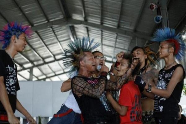 719 Μιανμάρ Punks (10 φωτογραφίες)