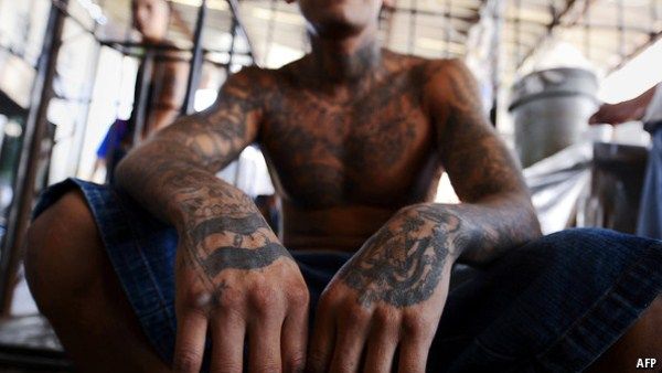 1137 The Deadly Gangs of El Salvador (40 photos)