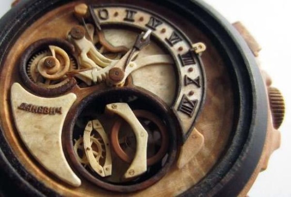 1141 Fully Functional Watches Carved out of Wood (10 photos)