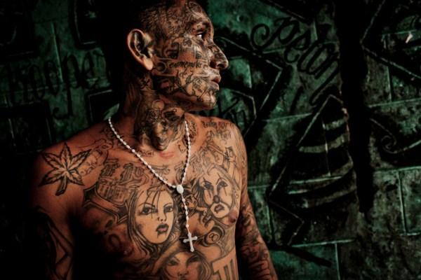 1329 The Deadly Gangs of El Salvador (40 photos)
