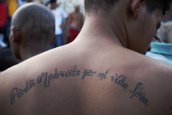 1526 The Deadly Gangs of El Salvador (40 photos)