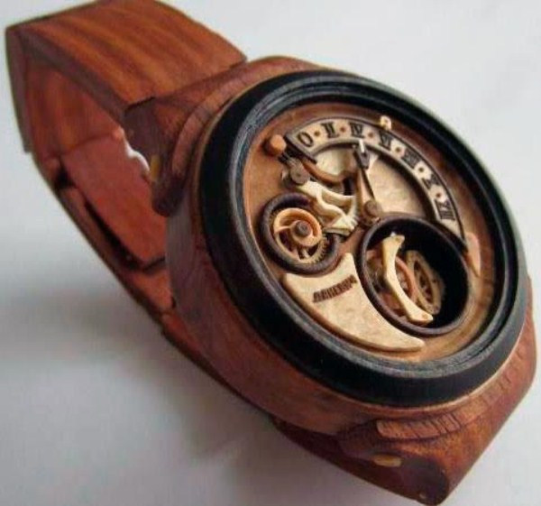 2107 Fully Functional Watches Carved out of Wood (10 photos)