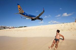 World's Scariest Airport Landing (25 photos) 3
