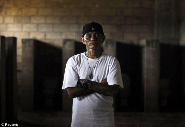 543 The Deadly Gangs of El Salvador (40 photos)
