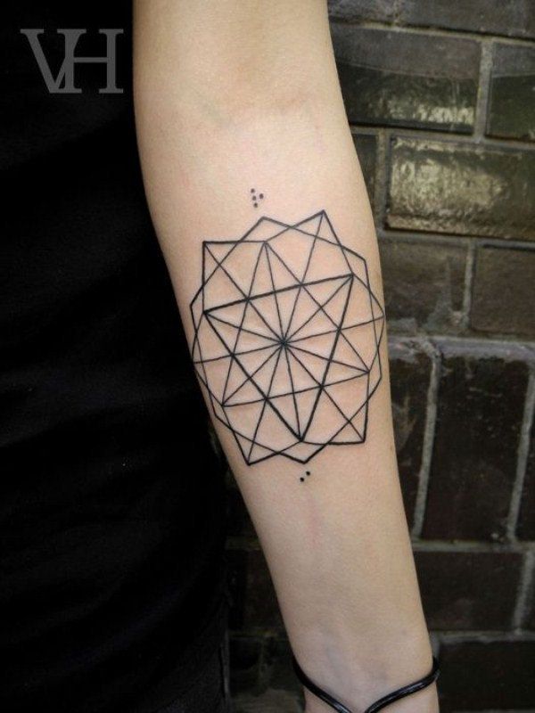 89 Γεωμετρική Τατουάζ (73 φωτογραφίες)