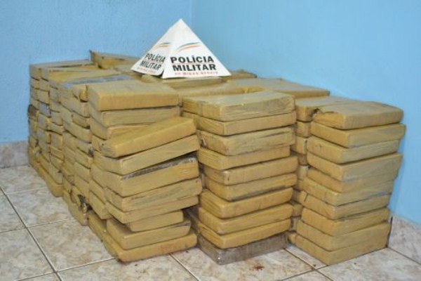 brazil-police-art-24