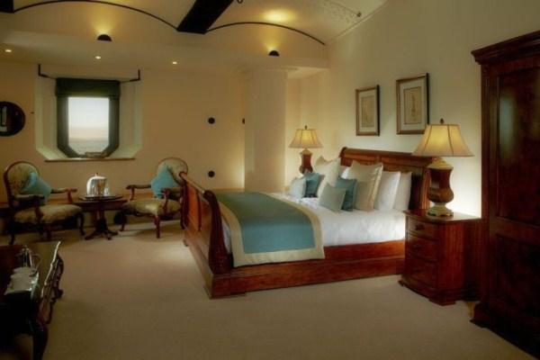 spitbank fort hotel 9