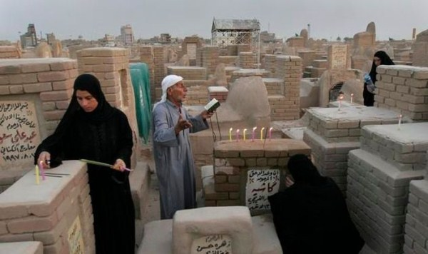 wadi-alsalaam-is-the-largest-cemetery-in-the-world-11