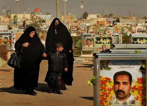 wadi-alsalaam-is-the-largest-cemetery-in-the-world-12
