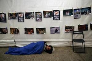 Homeless Greeks (40 photos) 12