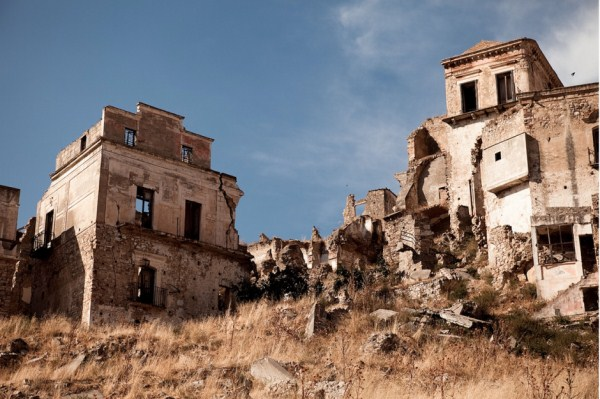 287 Ghost Towns You Can Visit (28 photos)