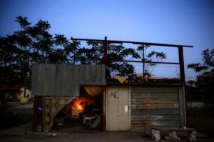 Homeless Greeks (40 photos) 33