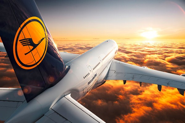 Inside The Lufthansa (38 photos) 38