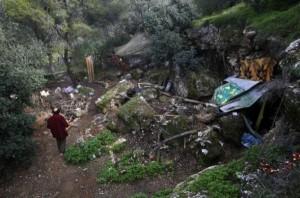 Homeless Greeks (40 photos) 4