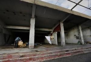 Homeless Greeks (40 photos) 6