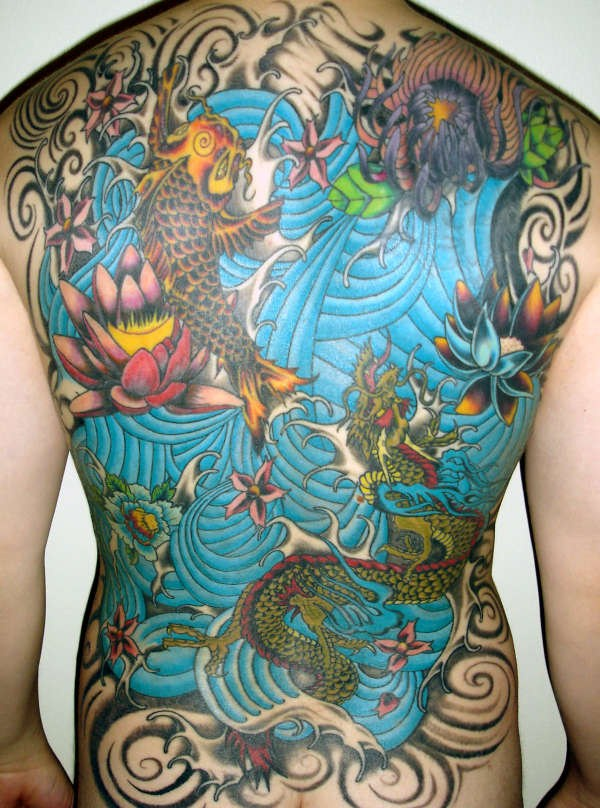 71 Amazing Full Πίσω Τατουάζ (43 φωτογραφίες)