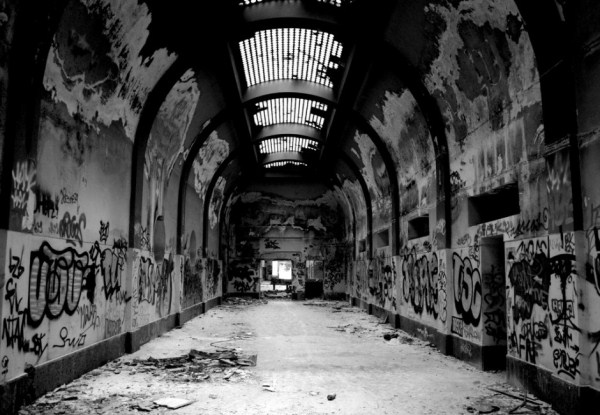 79 Ghost Towns You Can Visit (28 photos)