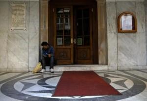 Homeless Greeks (40 photos) 9