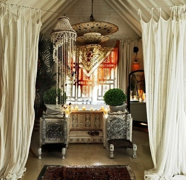Beautiful Bohemian Homes (42 Photos)
