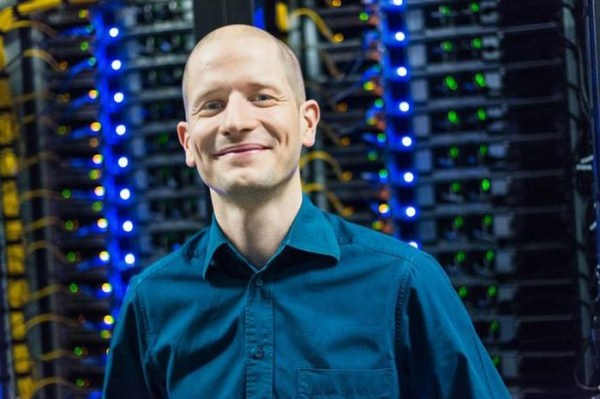 facebooks_data_center_on_the_edge_of_the_arctic_circle_03_1