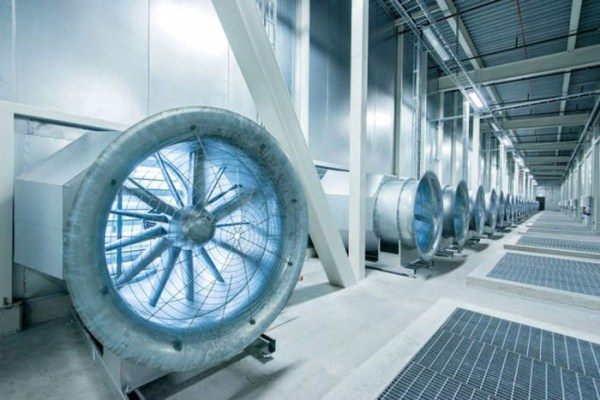 facebooks_data_center_on_the_edge_of_the_arctic_circle_13_1