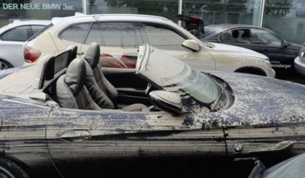 flooded_car_08_1