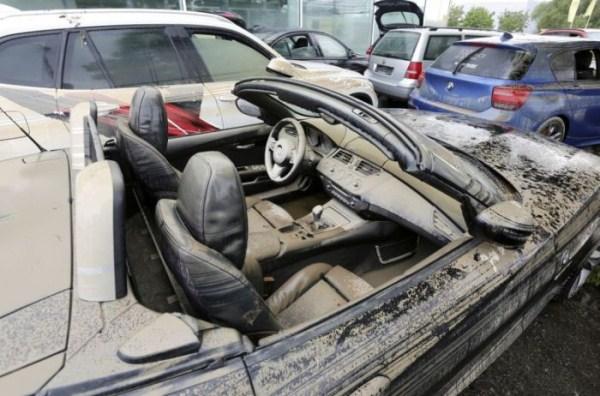 flooded_car_13_1