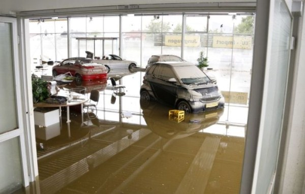 flooded_car_16_1