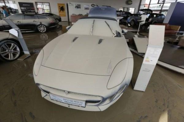 flooded_car_31_1