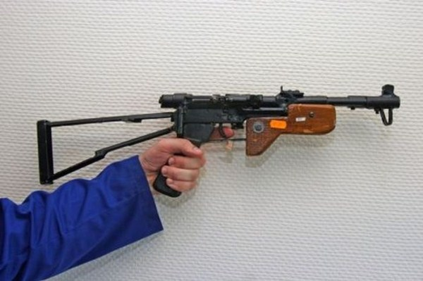 homemade weapons 30 Homemade Weapons (37 photos)