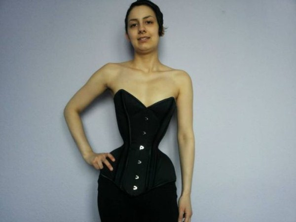 wearing-corset-for-three-years-22
