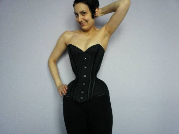 wearing-corset-for-three-years-23