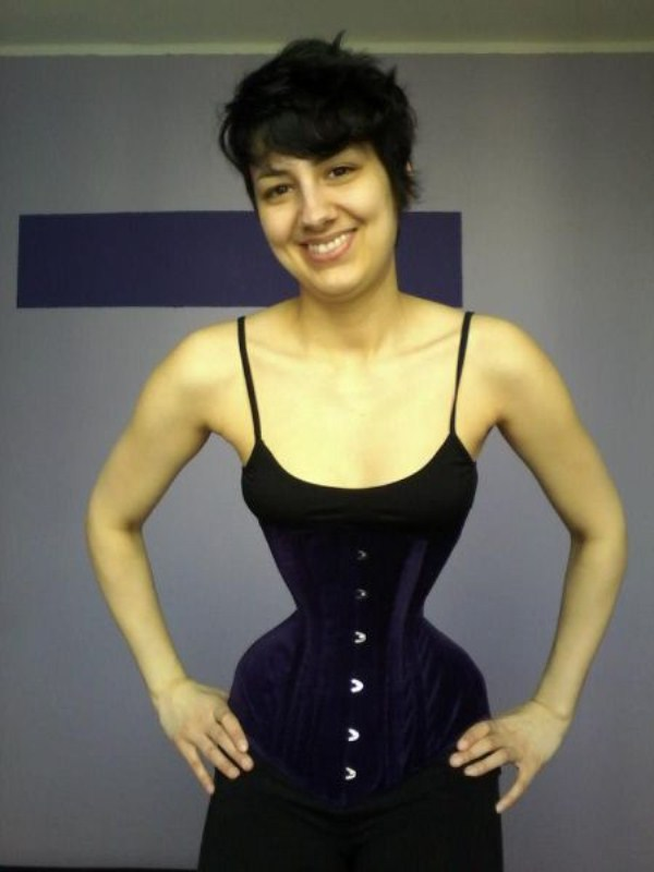 wearing-corset-for-three-years-25