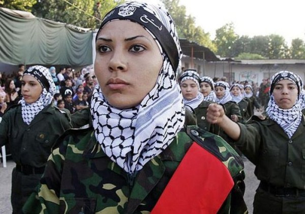 which country has the most beautiful female army soldiers 06 1