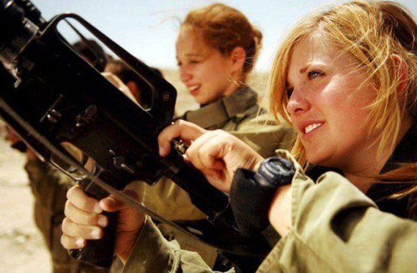 which country has the most beautiful female army soldiers 08 1