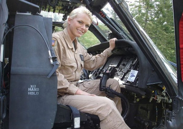 which country has the most beautiful female army soldiers 10 1